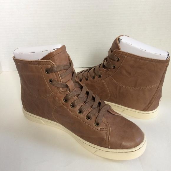 d0d490fa145 UGG Blaney Hi-Top Sneaker * NWT NWT